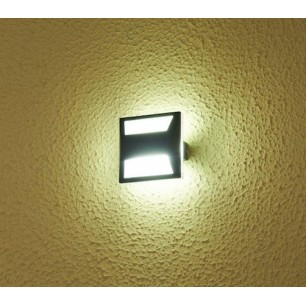 http://www.led-flash.fr/639-2283-thickbox/applique-murale-led-pyramidal-3-watt-eq-30-watt.jpg