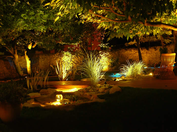 Clairage ext rieur la led comme solution Lumiere led jardin