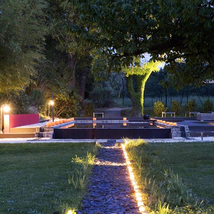 Clairage ext rieur la led comme solution for Luminaire exterieur piscine
